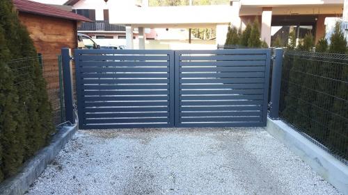 dvoriscna-vrata-2