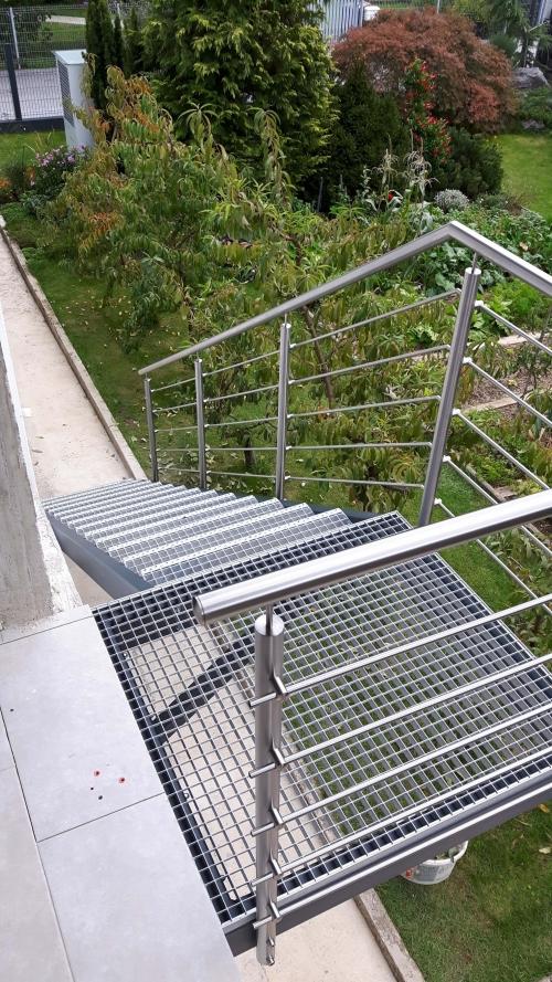 kovinske stopnice 10