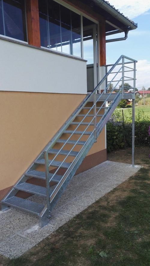 kovinske stopnice 11