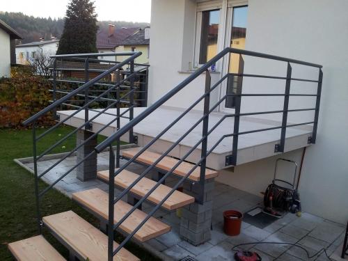 kovinske stopnice 14