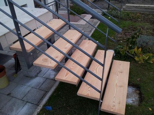 kovinske stopnice 15