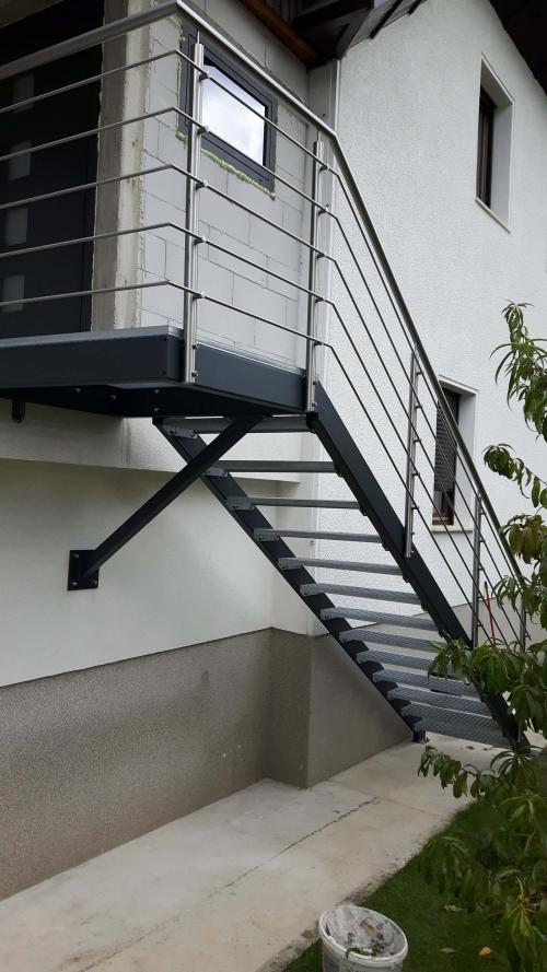 kovinske stopnice 9